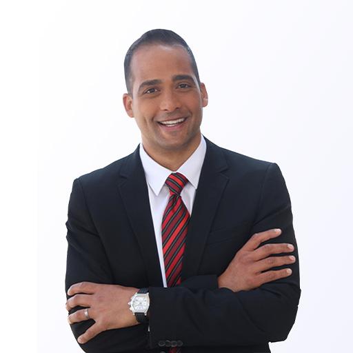 Ismail Hendricks, Chief Auctioneer